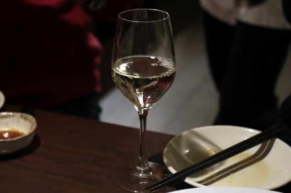 この日は甲州ワインのグラスが100円!