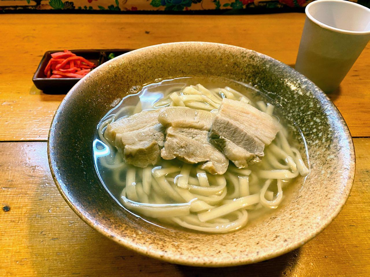 三枚肉 沖縄そば・琉球ジャイアン(高田馬場新聞)
